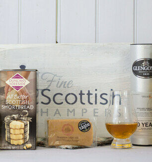 Whisky, Fudge & Shortbread Gift Hamper