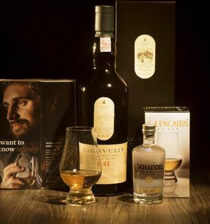 Lagavulin 16 Year Old Whisky Hamper