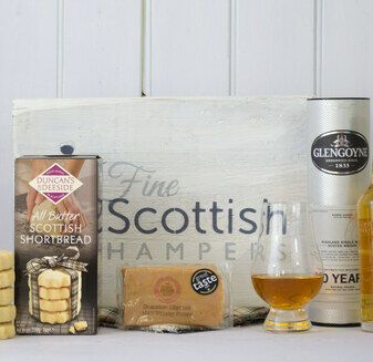 Whisky, Fudge & Shortbread Gift Hamper with Talisker