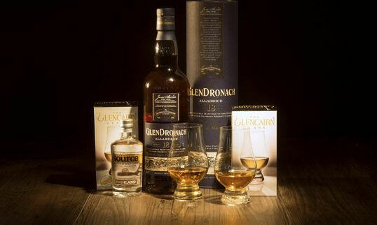 GlenDronach 18 Year Old Whisky Hamper