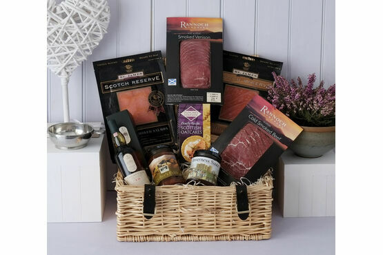 The Smokehouse - Lagavulin Hamper